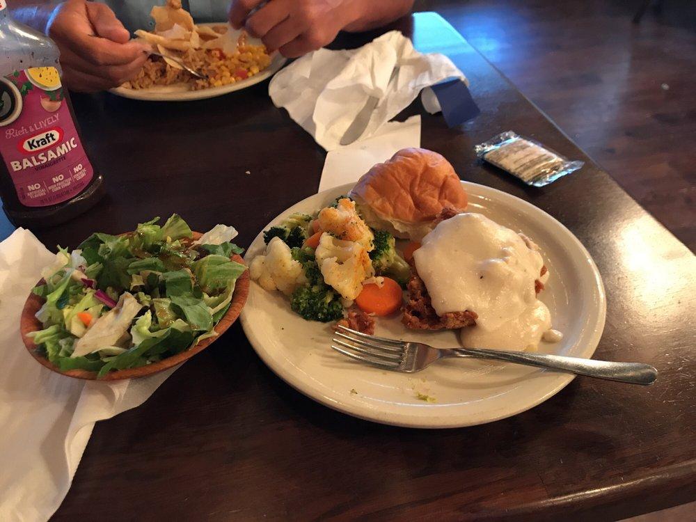 Dinner Bell Cafe: 1429 4th St, Graham, TX