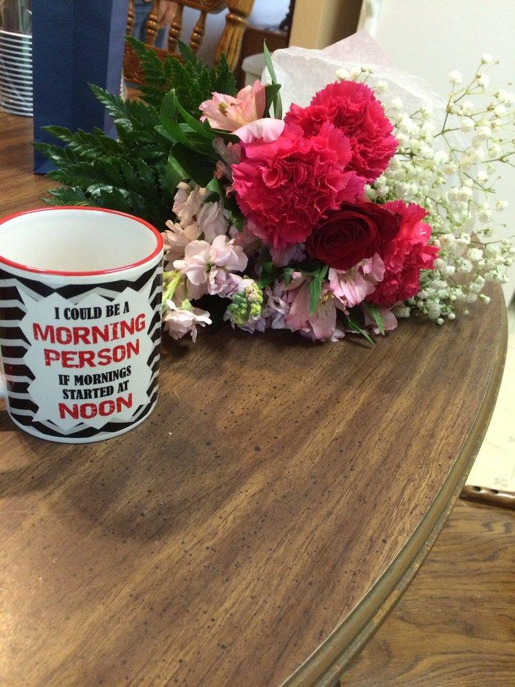 Forget Me Not Flower Shop: 146 E Main St, Lexington, OH