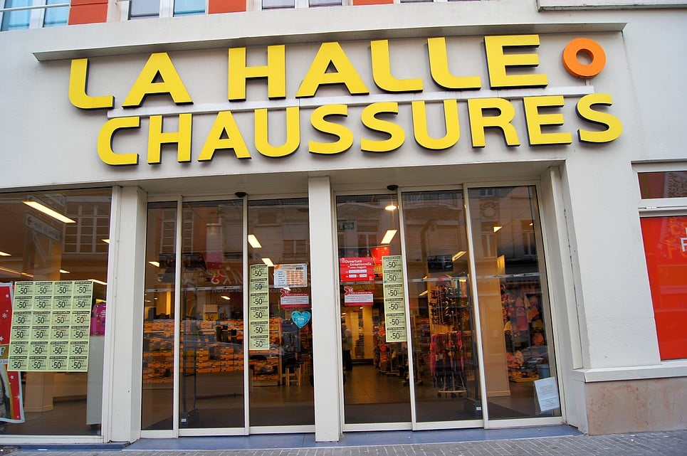 la halle o chaussures magasins de chaussures 4 rue. Black Bedroom Furniture Sets. Home Design Ideas