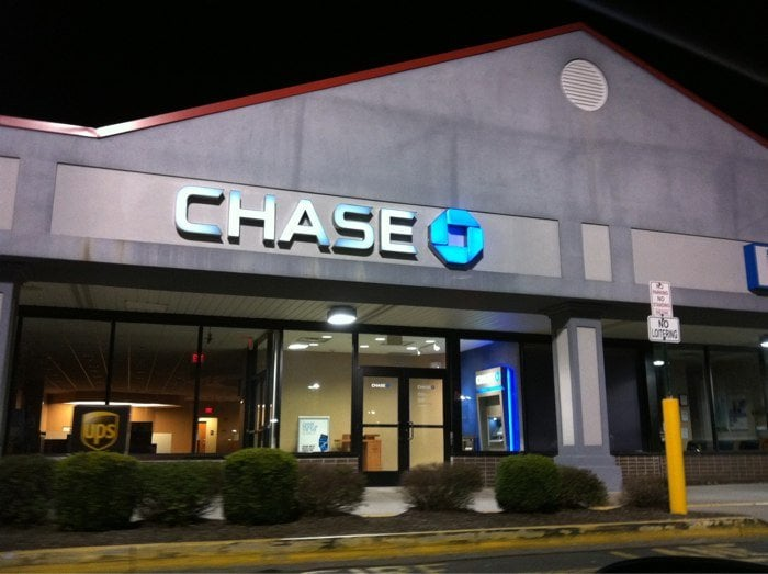 Chase: 250 Route 59, Suffern, NY