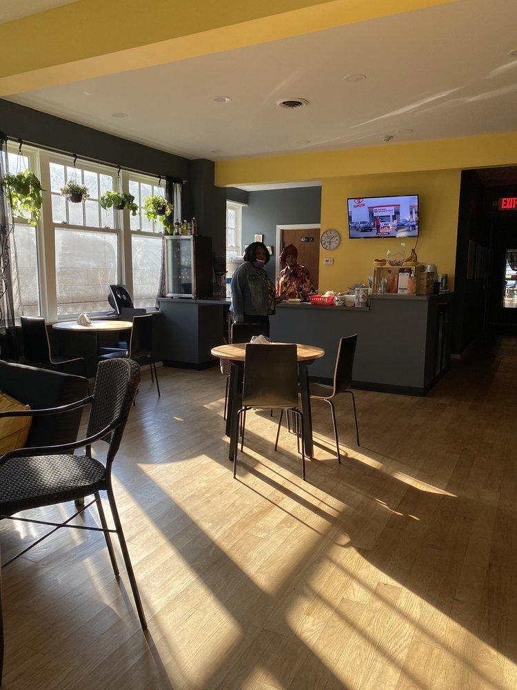 Gi's Resto: 787 Chestnut Ridge Rd, Chestnut Ridge, NY