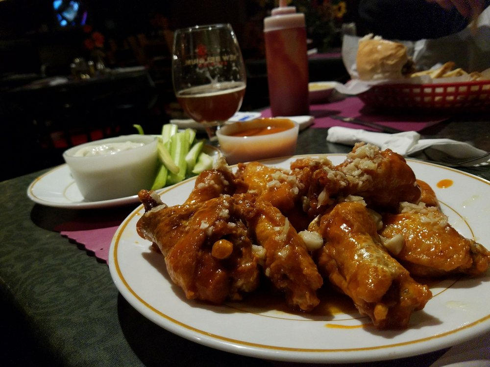 Frogtowne Grille: 23 W County Rd, Sybertsville, PA