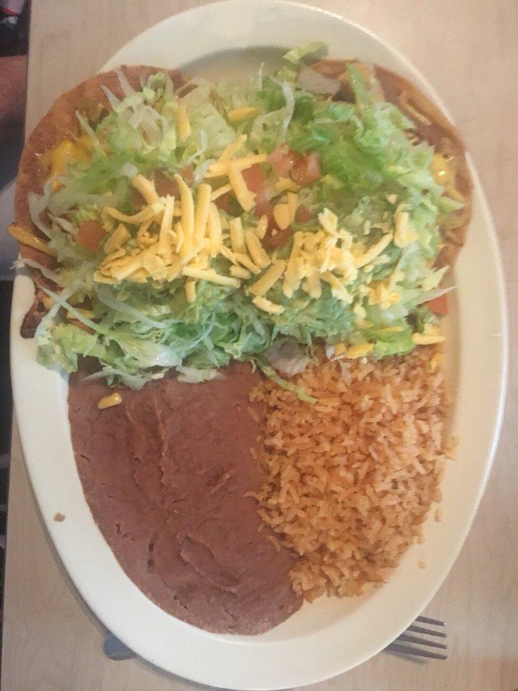 El Rodeo's Tex-Mex: 14130 Fm 1346, St. Hedwig, TX