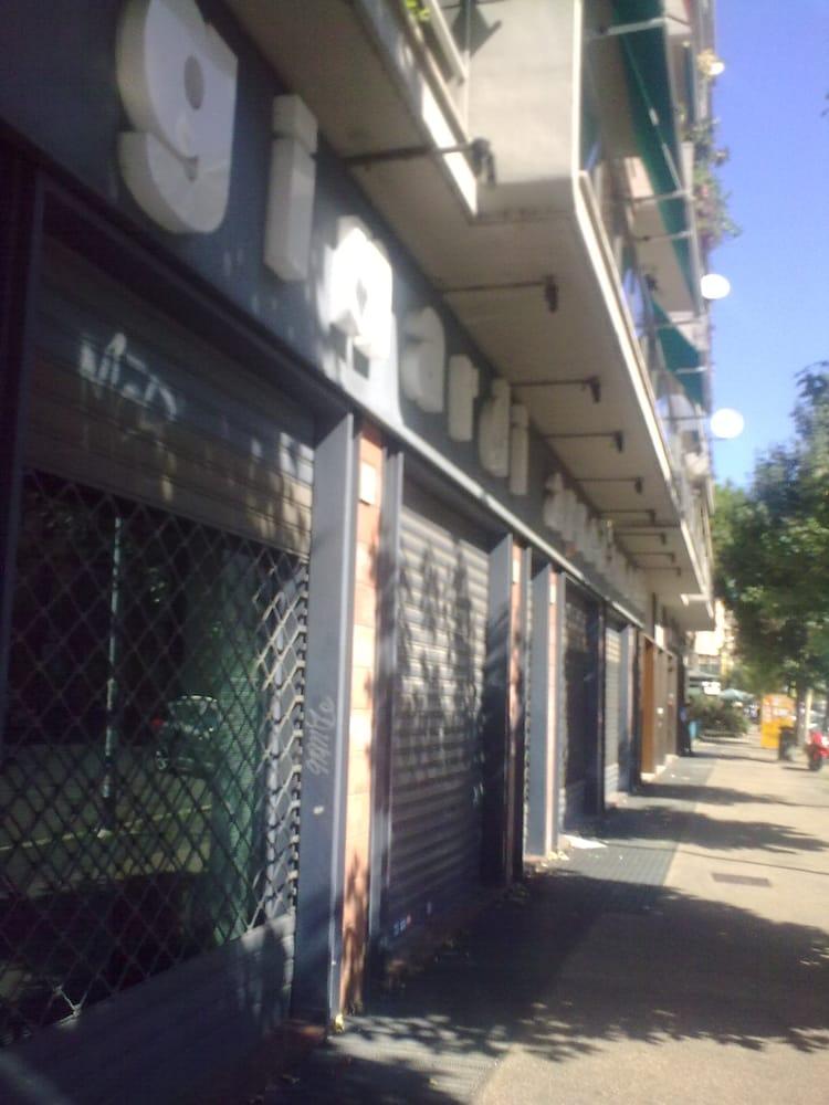 Ginardi arredamenti m belbutikker via ettore rolli 26 for Ginardi arredamenti