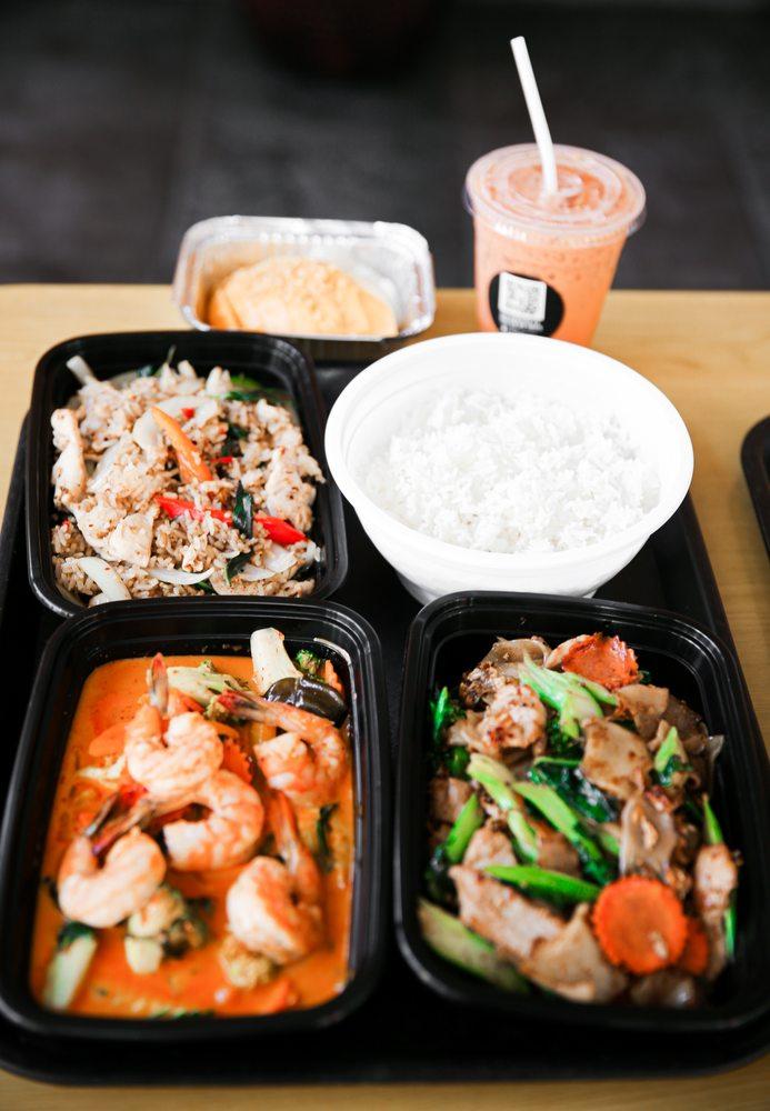 Thai Dish: 270 Babcock St, Boston, MA