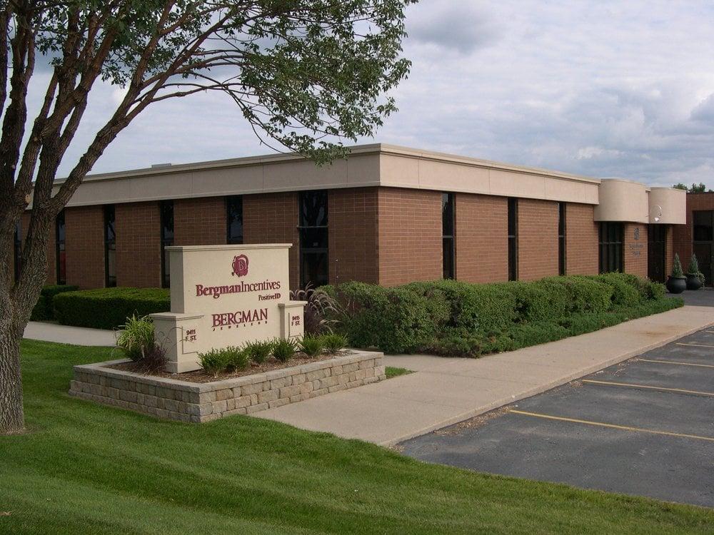 Bergman Jewelers: 9415 F St, Omaha, NE