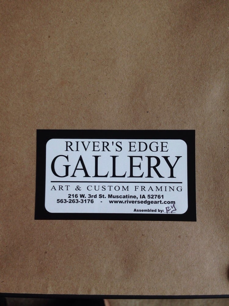 River's Edge Gallery: 216 W 3rd St, Muscatine, IA