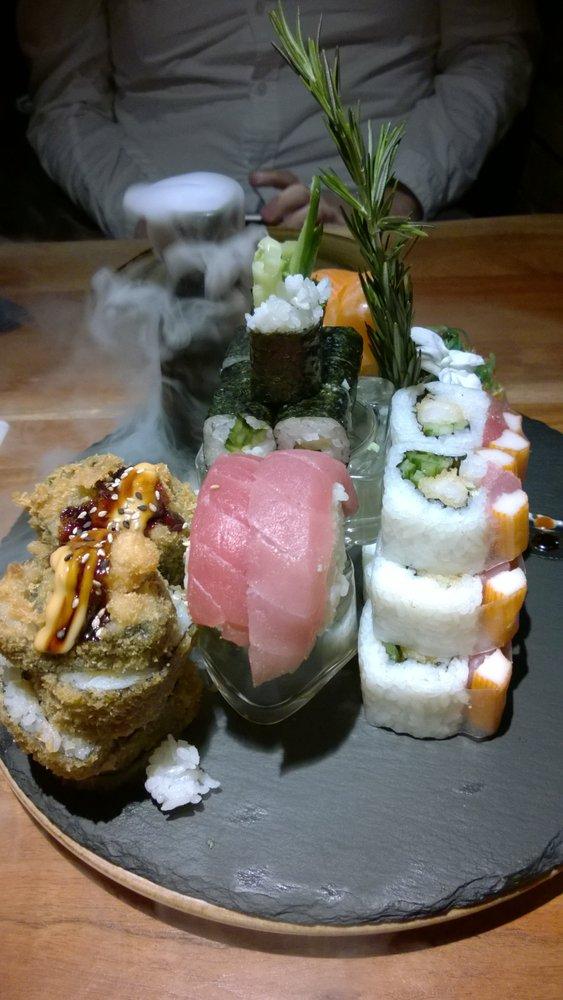 buddha bowl sushi schmiedestr 24 25 l beck schleswig holstein beitr ge zu restaurants. Black Bedroom Furniture Sets. Home Design Ideas