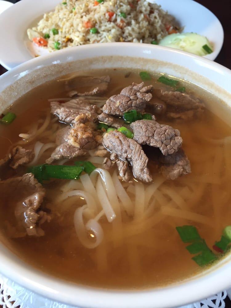 Brilliant Gouy Tiew Noodle Soup Broth Should Be Darker Yelp Interior Design Ideas Clesiryabchikinfo