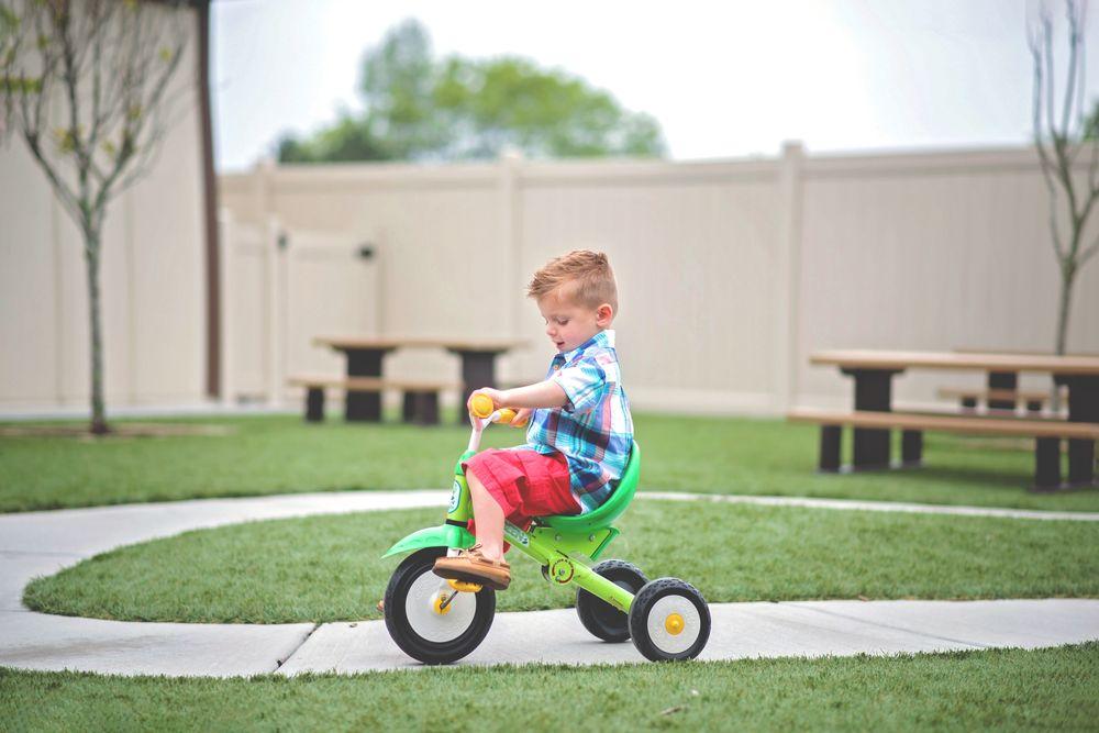 Little Sunshine's Playhouse and Preschool of San Antonio: 21822 Stonewall Pkwy, San Antonio, TX