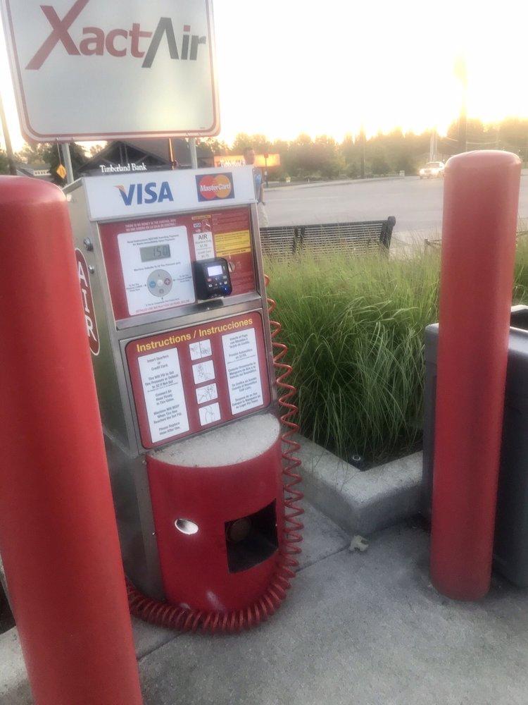 Jacksons Shell: 2325 Meridian Ave E, Edgewood, WA
