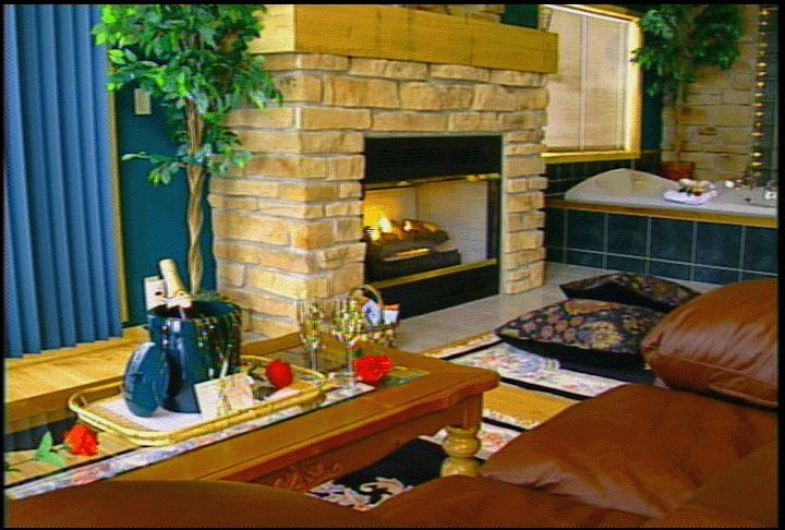 Percheron Paradise Romantic Hideaway: 12833 County Hwy Xx, Norwalk, WI