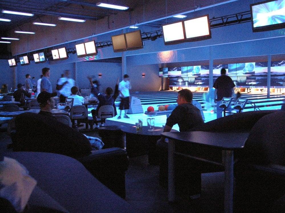 Pick's Bowling Center: 2849 Mt Hwy 82, Bigfork, MT