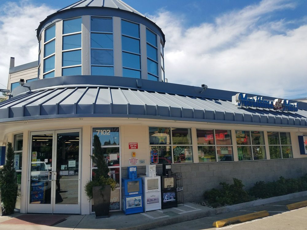 chevron: 7102 Stinson Ave, Gig Harbor, WA