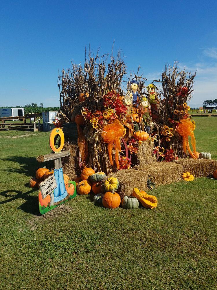 Hubb's Farm: 10276 N US421, Clinton, NC