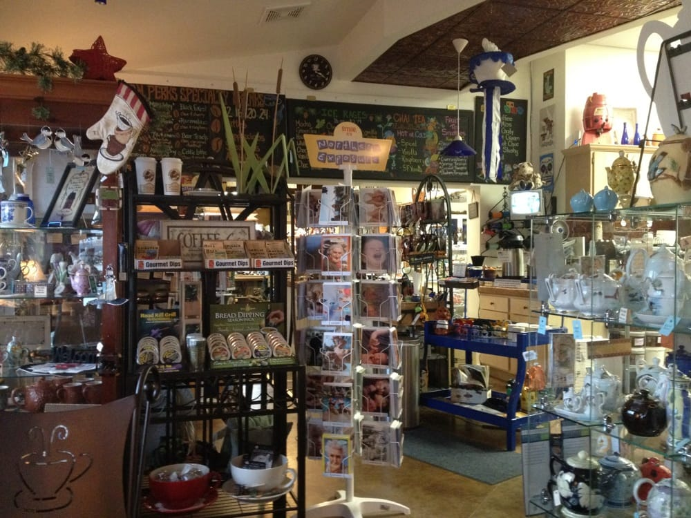 Picket Fences Gift Shop: 15425 State Highway 32, Lakewood, WI