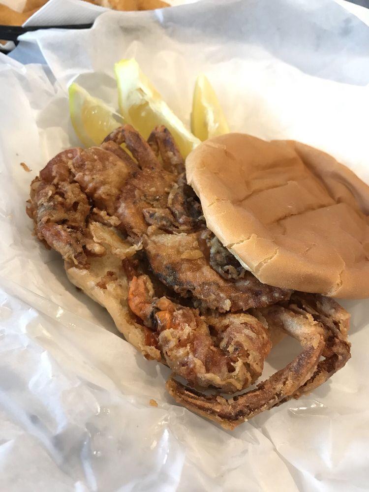 Calabash Seafood Hut: 1125 River Rd, Calabash, NC