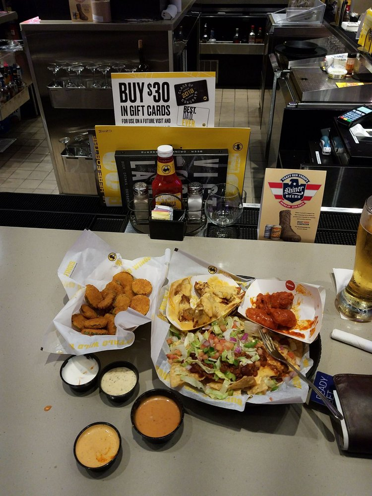 Buffalo Wild Wings: 7206 Alcoa Rd, Benton, AR