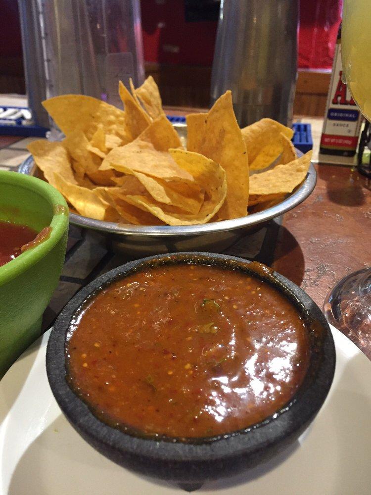 El Rey Azteca Mexican Bar & Grill: 201 Howard Baker Hwy, Pioneer, TN