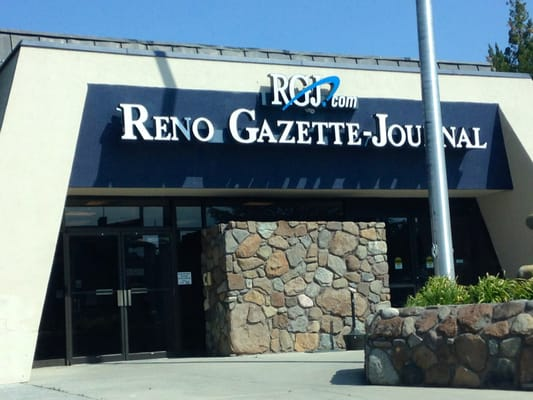 Reno gazette journal 29 rese as servicios locales for Servicio ren0