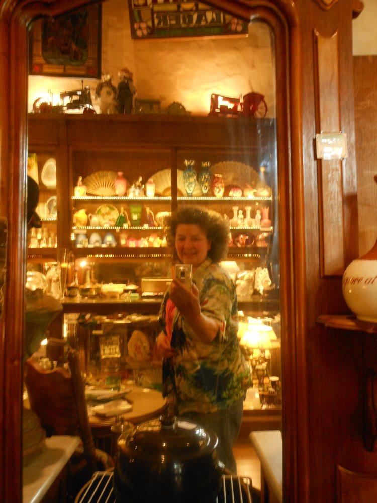 Stage Door Antiques: 9135 Spanish, Drytown, CA