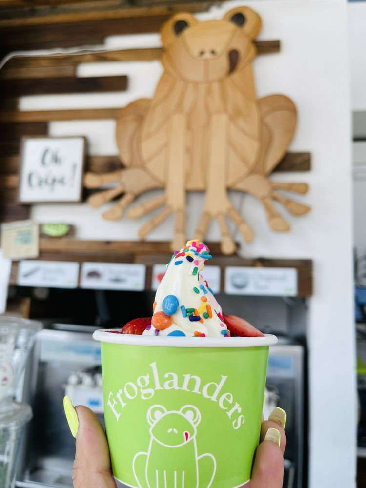 Froglanders Crepes & Yogurt