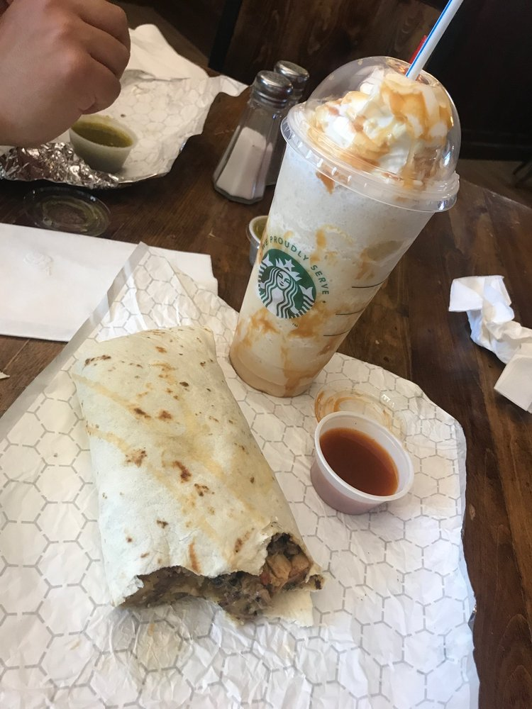 PJ&B's Rio Cafe: 711 Muscatel Ave, Carlsbad, NM