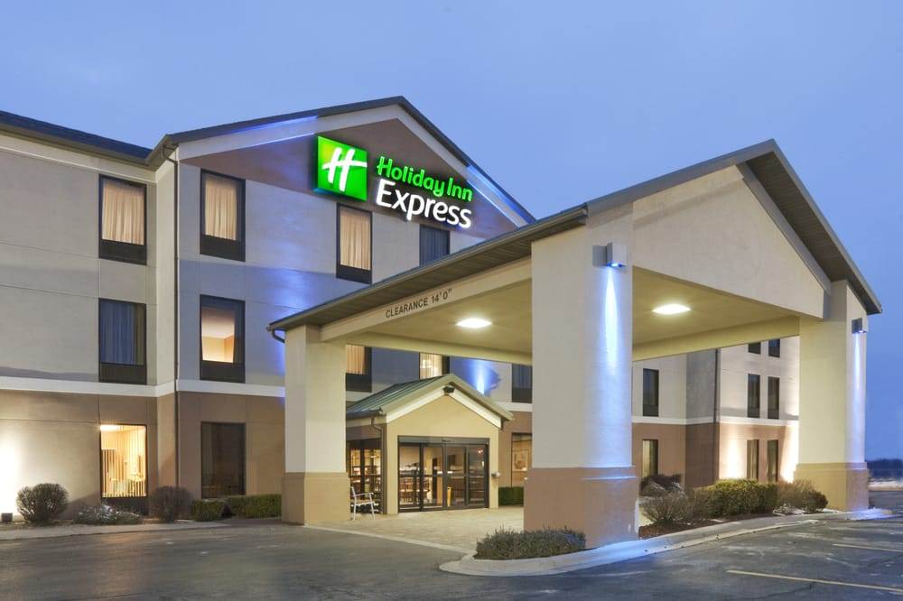 Holiday Inn Express & Suites Lebanon: 1955 W Elm St, Lebanon, MO