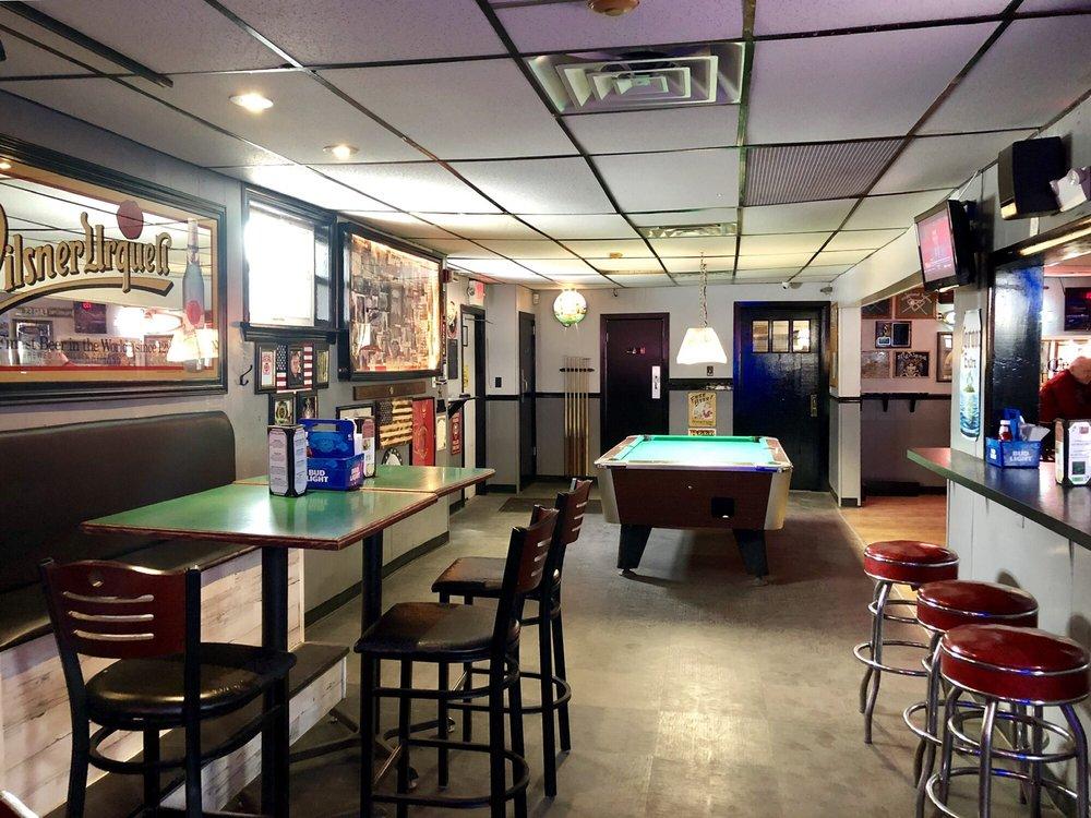 Highland Tavern: 308 Orlando Ave, Gloucester City, NJ