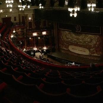 victoria palace theatre postcode london