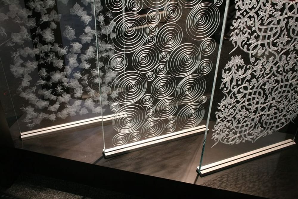 3D Glass Design Technology For Architectural Interior