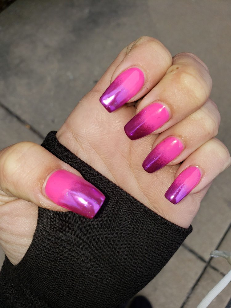 CE Nail Spa: 329 Front St, Mchenry, IL