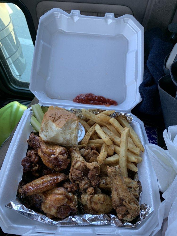 Sweet Poppas Cafe: 5231 E Broadway St, North Little Rock, AR