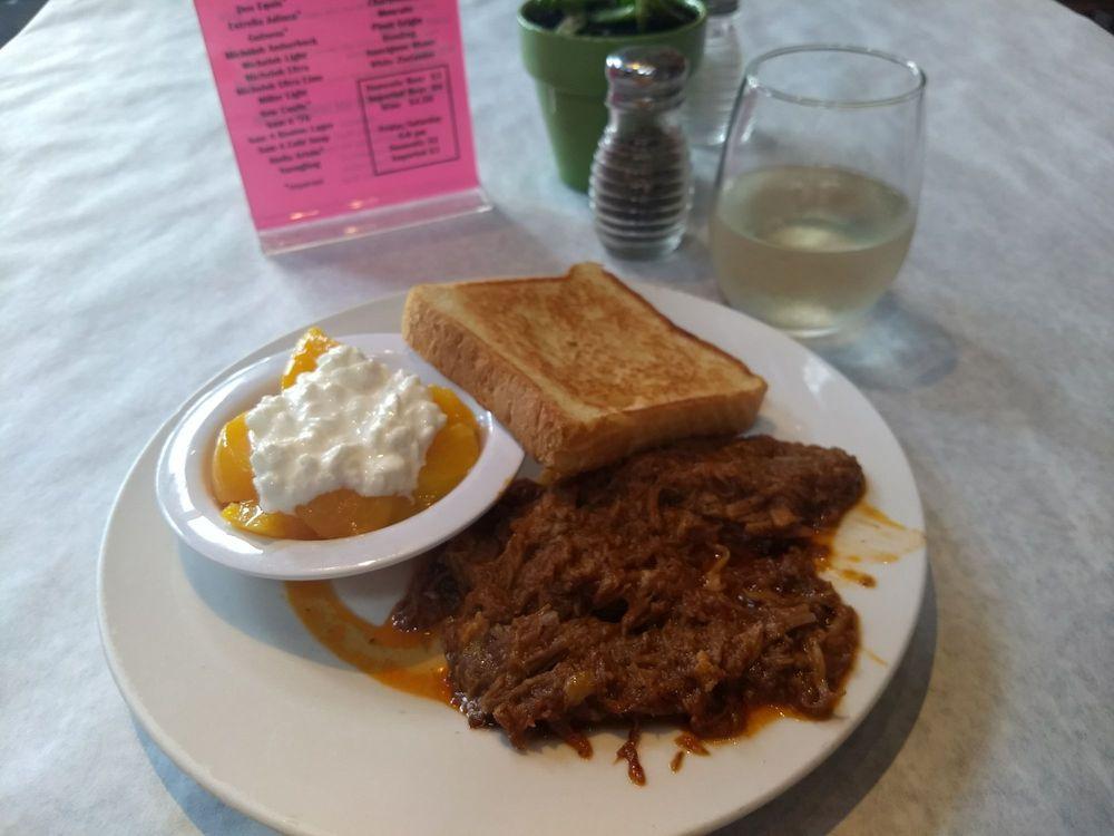 Wiregrass Restaurant: 103 S Washington St, Quitman, GA