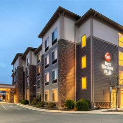 Best Western Plus University Park Inn Suites