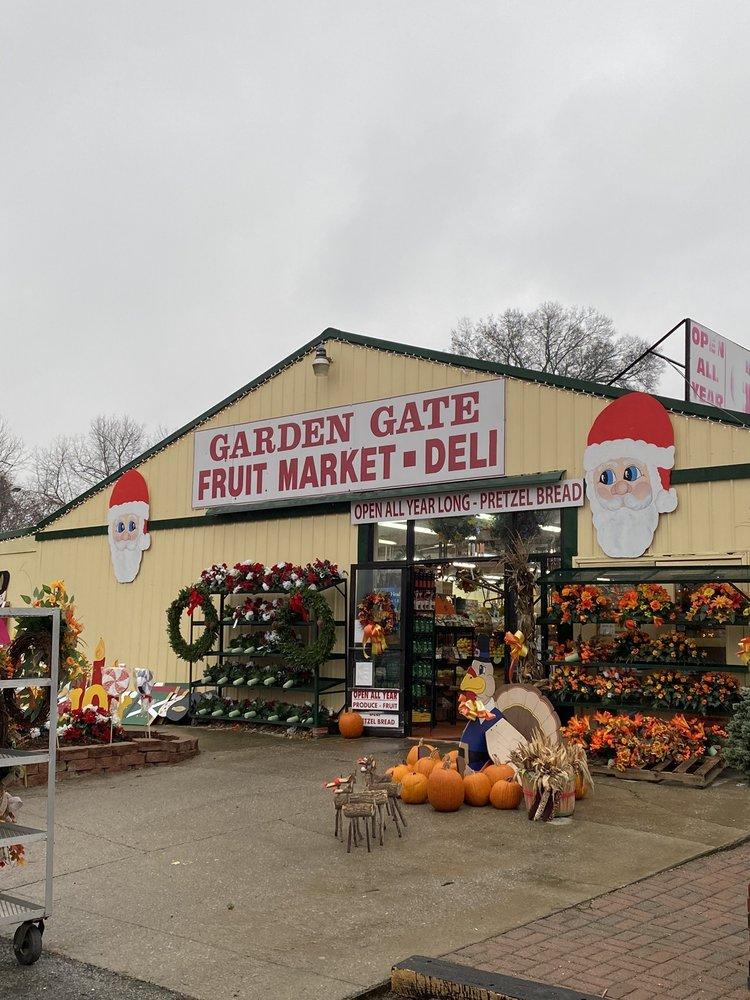 Garden Gate Fruit Market: 4411 Breckenridge Ln, Louisville, KY