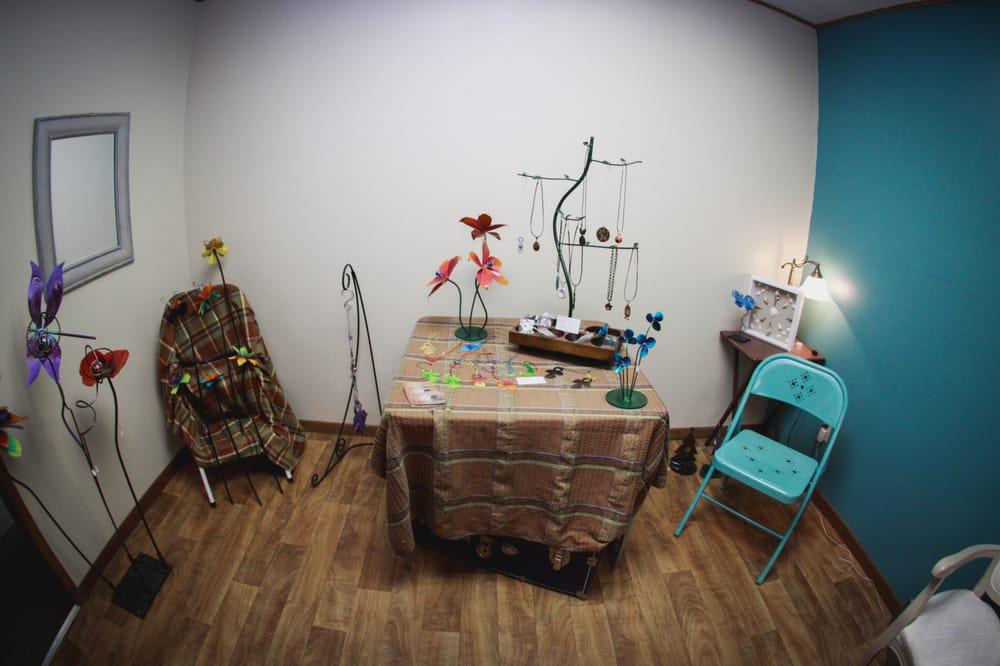 Barefoot Bodywork & Massage: 508 N Ferry St, Ottumwa, IA