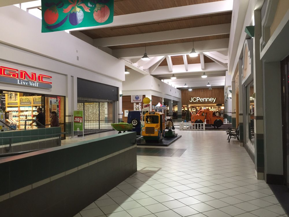 Roswell Mall: 4501 N Main St, Roswell, NM