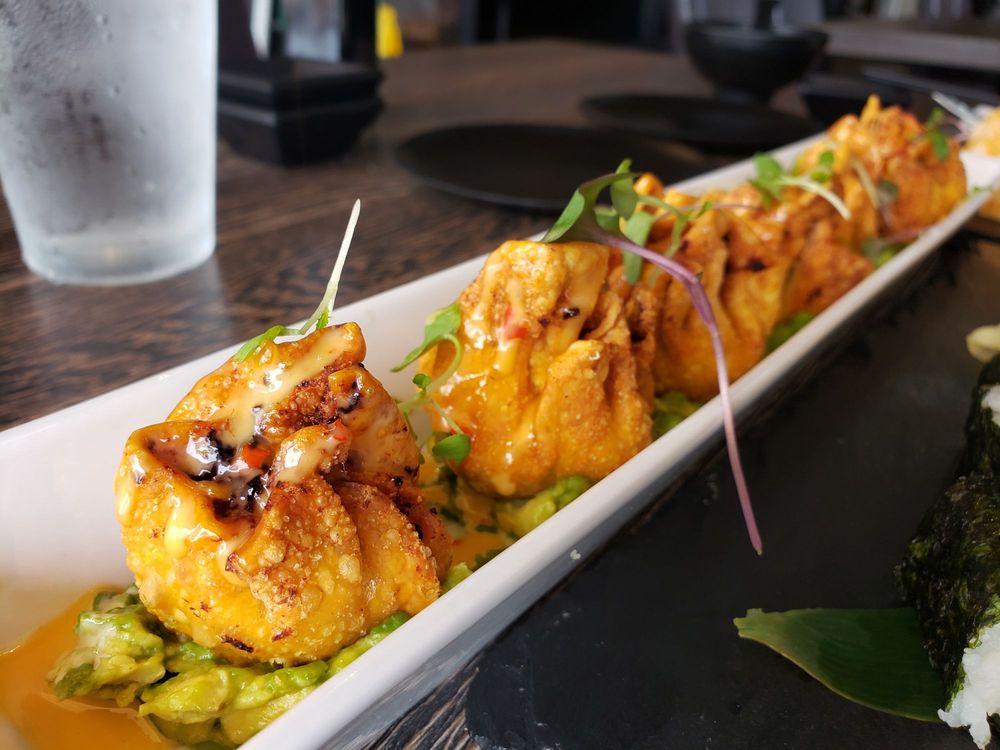 Sushi Bay Kitchen & Sake Bar: 3957 Cattlemen Rd, Sarasota, FL