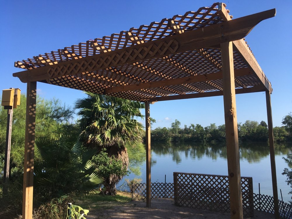 Edinburg Scenic Wetlands: 714 S Raul Longoria Rd, Edinburg, TX