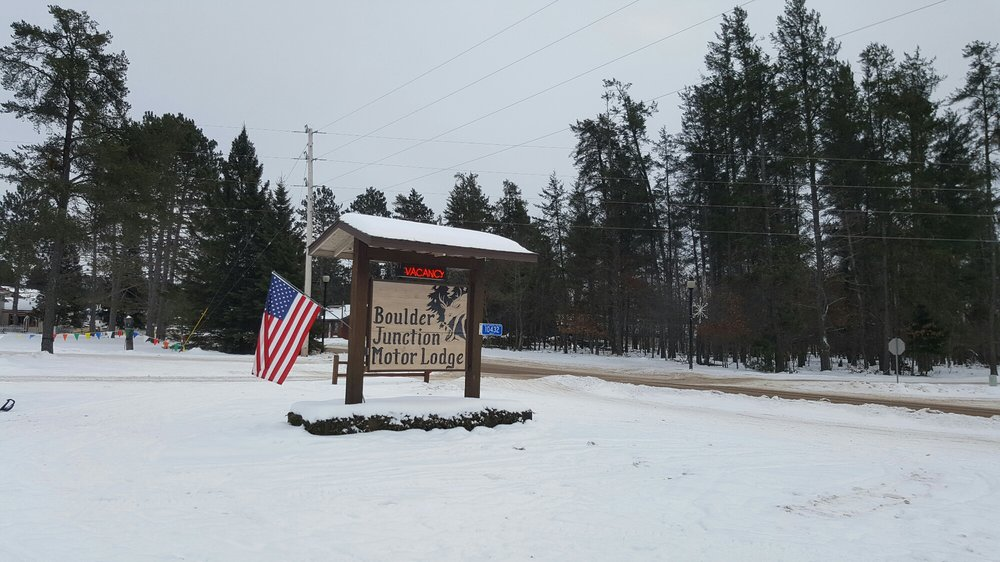 Boulder Junction Motor Lodge: 10432 Main St, Boulder Junction, WI