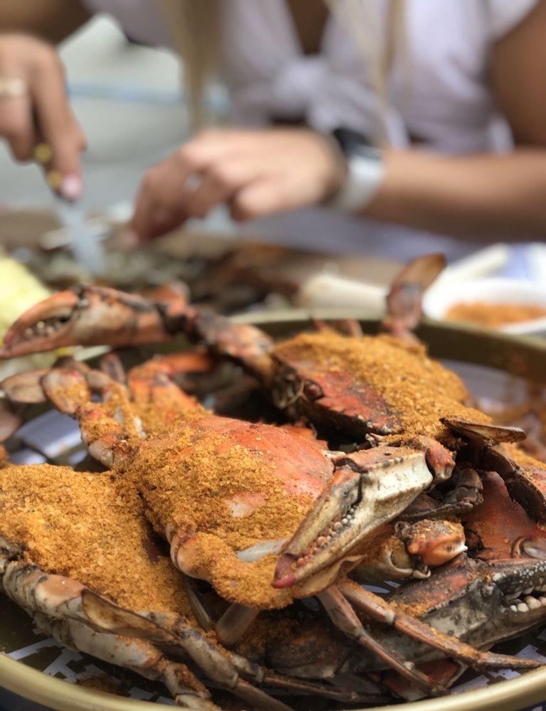 Capital Crab: 5534 Connecticut Ave NW, Washington, DC, DC