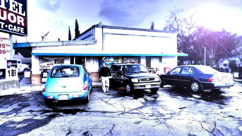 Blu Lite Motel: 258 E 99 Frontage Rd, Ripon, CA