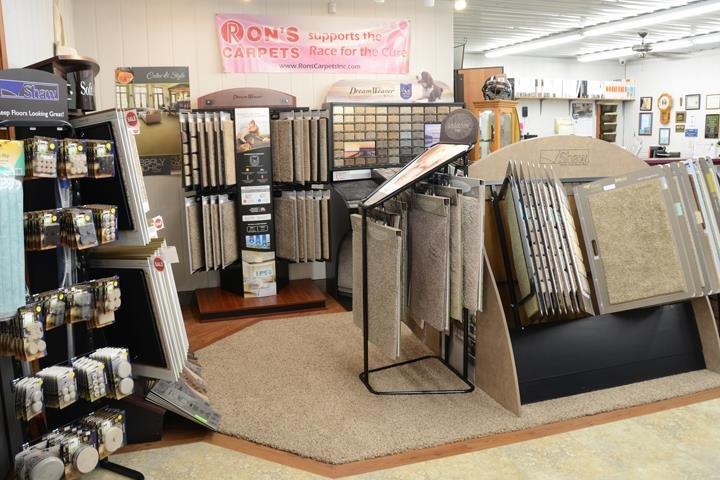 Ron's Carpets & Hardwood: 1003 NE Adams St, Peoria, IL