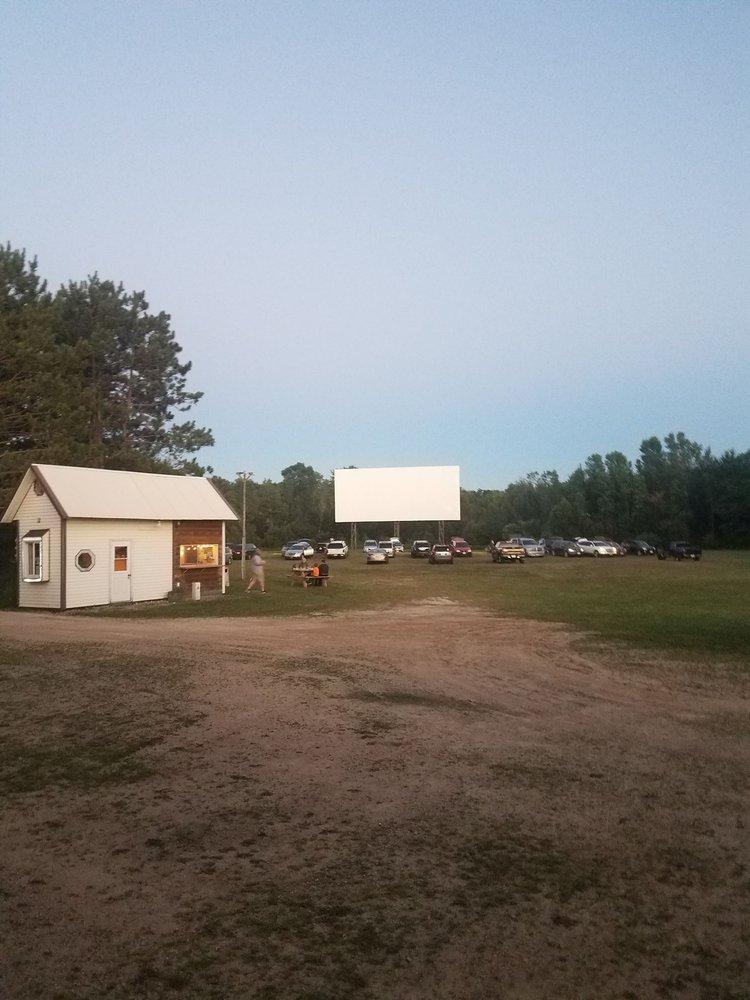 Shawano Cinema IV & the Moonlight Outdoor Theatre: 1494 E Green Bay St, Shawano, WI