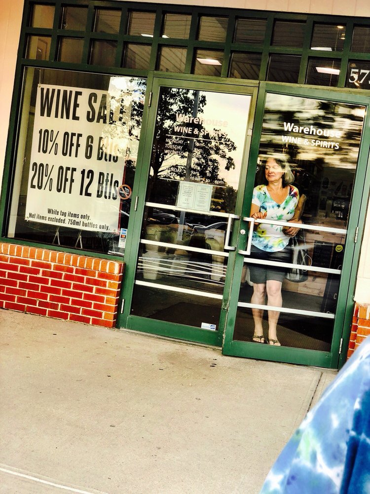 Social Spots from Warehouse Wine and Spirits