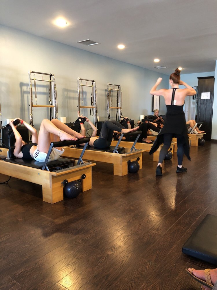 Hardcore Pilates: 22435 Ventura Blvd, Woodland Hills, CA