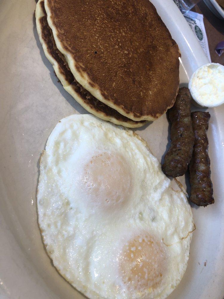 Deluxe Restaurant: 2295 Lancaster Pike, Shillington, PA