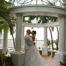 Photo Of Paradise Weddings Hagatna Guam First Russian Wedding On