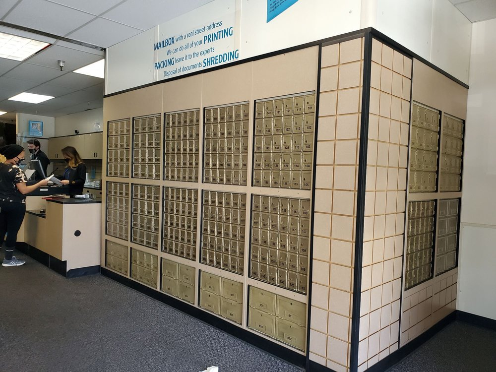 The UPS Store: 2785 Pacific Coast Hwy, Torrance, CA